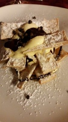 Tante foglie or mille foglie is a dessert to indulge when traveling to Italy