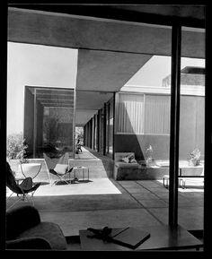 Raphael Soriano's house and studio for Julius Shulman, Laurel Canyon (Los Angeles) 1950