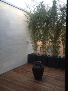 Lugano. Private terrace. The passion for modern art is extended to the hanging garden