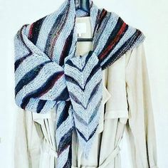 Check out this item in my Etsy shop https://www.etsy.com/listing/556094001/shawl