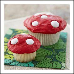 Magic mushroom Cupcakes | http://makecreatedo.com/2012/08/01/smurfs-party-ideas-and-inspiration/