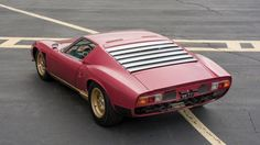 Looking for the Lamborghini Miura of your dreams? There are currently 8 Lamborghini Miura cars as well as thousands of other iconic classic and collectors cars for sale on Classic Driver. Ferrari, Maserati, Luxury Sports Cars, Sport Cars, Porsche, Alfa Romeo, Jaguar, Mercedes Benz, Surplus Militaire