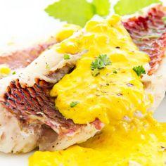 Filete de Robalo en Salsa de Azafrán