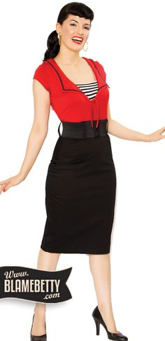 This skirt is perfect for the boardroom or for after work cocktails. #blamebetty #workoutfit #classic