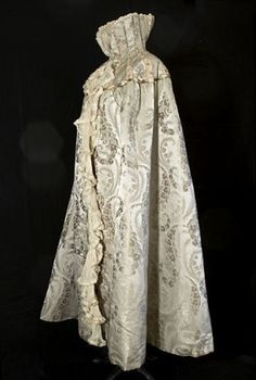 Silk brocade evening cape attributed to Worth, c.1905, from the Vintage Textile archives. by SayaValentine