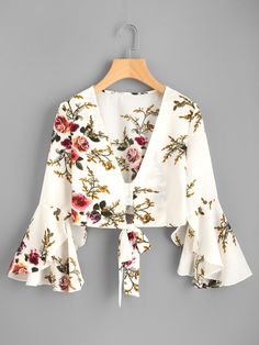 ROMWE - ROMWE Plunging V-neckline Floral Print Random Knot Top - AdoreWe.com Business Casual Outfits, Office Outfits, Outfits For Teens, Summer Outfits, My Outfit, Dress Outfits, Girl Outfits, Fashion Dresses, Cute Outfits