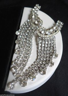 Stunning Rhinestone Glam! Vintage Juliana Ear Climber Shoulder Duster Earrings