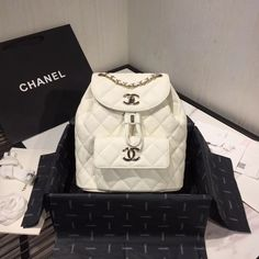 pre-owned branded fashion and fashion accessories. Chanel Backpack, Backpack Purse, Mini Backpack, Leather Backpack, White Backpack, Chanel Tote, Chanel Chanel, Small Backpack, Mochila Chanel