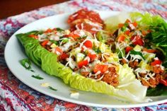 Taco Salad Boats are low carb, gluten free, and totally delicious. An easy dinner for the whole family. Spinach Recipes, Paleo Recipes, Mexican Food Recipes, Dinner Recipes, Cooking Recipes, Dinner Ideas, Spinach Salads, Turkey Recipes, Meal Ideas