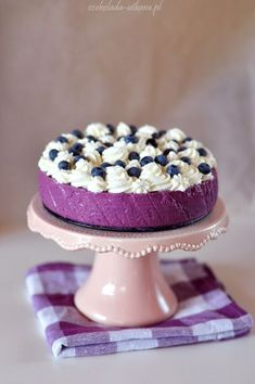 Light blueberry cheesecake cold with whipped cream