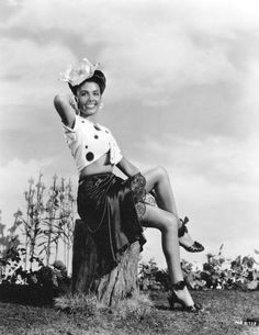 "Lena Horne: Entertainment Extravaganza-Singer/Actress/Performer, ""Legend Extraordinaire""!"