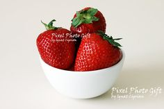 5 Digital print digital picture red fruits. by pixelphotogift
