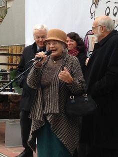 Pilarín Bayés agraeix la celebració dels 30 anys de les 'Petites històries'