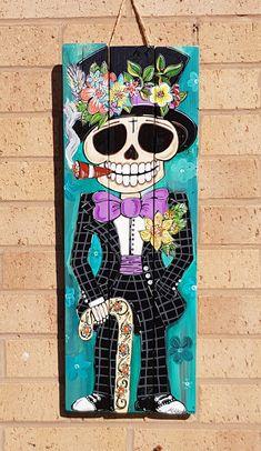 Sugar Skull Decor, Sugar Skull Art, Sugar Skulls, Mexico Day Of The Dead, Day Of The Dead Art, Painted Wood Walls, Wooden Wall Art, Wood Pallet Art, Wood Art