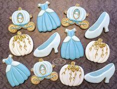 Cinderella Baby Shower, Cinderella Sweet 16, Cinderella Theme, Cinderella Birthday, Cinderella Cakes, Disney Princess Cookies, Disney Cookies, Cookies For Kids, Fancy Cookies