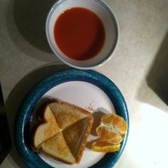 Todays lunch, tomato soup, grilled cheese sami an 1/2 orange i split with my son. 9 ww pts still have 9 for dinner! An im full!