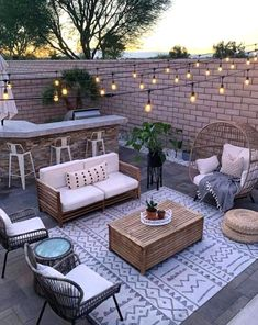 Budget Patio, Patio Diy, Patio Table, Patio Set Up, Small Outdoor Patios, Outdoor Patio Designs, Outdoor Decor, Patio Ideas, Backyard Ideas
