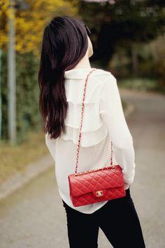 ✕ Chanel / #red #chanel #handbag