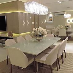 Bring life to your home with this stunning dining room interior design ideas. Luxury Dining Tables, Dinner Room, Elegant Dining, Dining Room Design, Luxury Furniture, Furniture Design, Room Decor, Interior Design, Room Interior