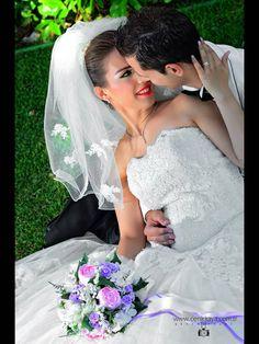 Gizem Vural Dış Mekan Düğün Çekimleri Photographer Cenk Kaya 0 536 921 01 00 Lace Weddings, Wedding Dresses, Fashion, Bride Dresses, Moda, Wedding Gowns, Fasion, Dress Wedding, Bridal Gowns