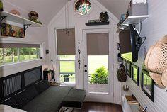 Gorgeous Tiny House on Wheels – The Shoebox
