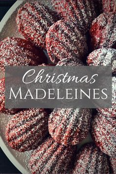 Whenever I make these little tea cakes, it always brings about a nostalgic feeling. These Madeleines are so perfect for the holidays Best Christmas Cookies, Christmas Desserts, Christmas Baking, Holiday Treats, Christmas Bounty, Baking Recipes, Cookie Recipes, Dessert Recipes, Xmas Recipes