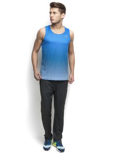 Alcis printed round neck T-shirt Engineered to increase your speed with a fabric weight as light as nothing and #DryTech keeping you dry and fresh