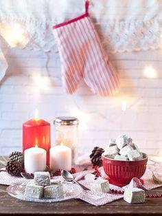 Receta de Navidad tradicional: Hojaldrinas. Uno de los dulces más fáciles y deliciosos que podremos encontrar en las mesas navideñas