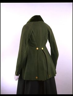 Riding habit jacket - back view (c. 1780-1790). There is no info listed with this habit; the dates shown are my guess. V&A - T.670-1913
