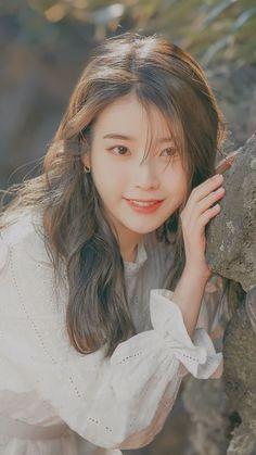 Korean Beauty Girls, Cute Korean Girl, Asian Beauty, Korean Women, K Pop, Korean Celebrities, Celebs, Iu Twitter, Chica Cool