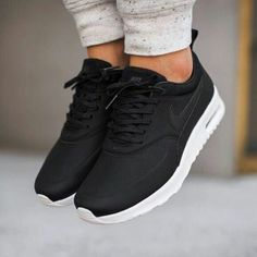 official photos 09b62 9804f Mens Womens Nike Shoes Nike Air Max, Nike Shox, Nike Free Run Shoes, etc.  of newest Nike Shoes for discount sale
