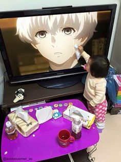 Kids r so pure // Wait... y is she watching Tokyo Ghoul?? It's not for Kids!!