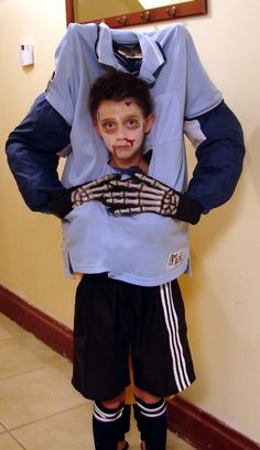 NC Youth Socceru0027s  sc 1 st  Pinterest & Scary DIY Headless Football Player Halloween Costume | Pinterest ...