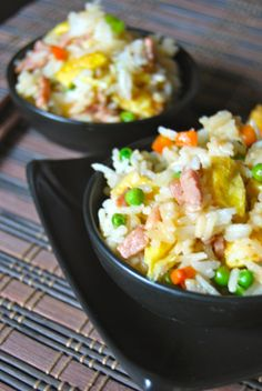 Cantonese Rice - Riz Cantonais Plus Pork Recipes, Asian Recipes, Chicken Recipes, Cooking Recipes, Ethnic Recipes, Fun Easy Recipes, Healthy Recipes, Arroz Frito, Exotic Food