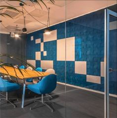 🟦 Blue is often used in open-plan workspaces and proves to have a beneficial impact on productivity. Regarded as a color of intellect, it can help to improve concentration and focus and eases the mental strain. #workplacedesign #sustainabledesign #interior #interiors #muratto #office #officedesign #officedesigntrends #workspacegoals #workspace #workspaces Improve Concentration, Workplace Design, Workspaces, Sustainable Design, Open Plan, Productivity, Interiors, How To Plan, Table