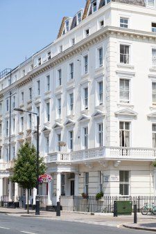 Check out this blog showing the ways living in #Pimlico, London is absolutely lovely