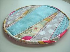 Parental Guidance Suggested: Sewing Tutorial: Quilted Pot Holder