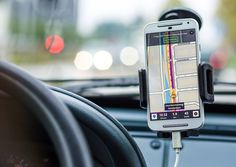 Best GPS App for iPhone 2020 with many features like offline GPS map search and navigation. Find here Free Best Navigation App for iPhone and iPad for Tracking App, Tracking System, Mobiles, Journal Du Geek, Smartphone Samsung, Distracted Driving, Road Trip Packing, Road Trips, The Journey