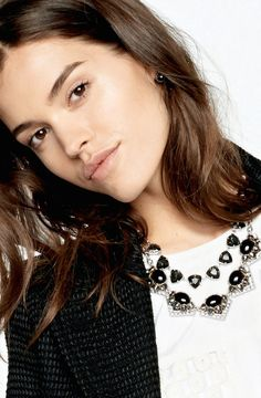 Stella and Dot Rory Necklace in black
