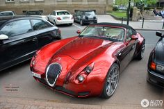 Classe et sportive. Wiesmann Roadster MF5 #auto #car #voiture #automotocompare http://automotocompare.fr