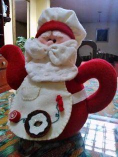 Resultado de imagen para muñecos navideños Snowman Crafts, Christmas Crafts, Christmas Decorations, Christmas Ornaments, Holiday Decor, Sewing Accessories, Xmas Tree, Pin Cushions, Tea Pots