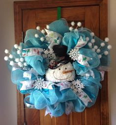 Winter Snowman Wreath  www.saturdaysboutique.etsy.com