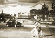 Da Lat Market 1960 ( time )in picture 1940 is wrong Hanoi, Indochine, The Past, Museum, Peugeot, Darkness, Pictures, French, Beautiful