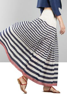 Would this skirt be quite so great if it didn't billow? Wouldn't it be great to have a billow-string in real life?
