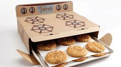 Thelma's Treats: Dereck Lewis, who co-owns Des Moines bakery Thelma's Treats with his mother, used the memory of his great-grandmother Thelma to come up with this 1950s oven box concept. It perfectly joins the comfort of that memory with a cute package, created with the help of packaging solutions company xpedx. | eklectic.in | #eklectic