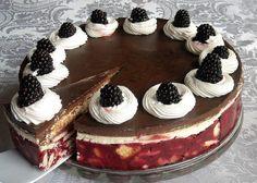 Tort de biscuiti cu jeleu de fructe, cremă de vanilie si glazură de ciocolată Dessert Recipes, Desserts, Tiramisu, Cheesecake, Mousse, Vegan, Ethnic Recipes, Sweet, Food