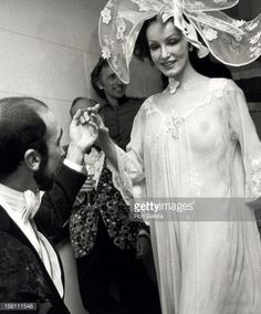 Photo d'actualité : Actress Julie Newmar attending 'Illusions Fantasy...