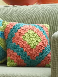 Diamond Motif Pillow | Yarn | Free Knitting Patterns | Crochet Patterns | Yarnspirations