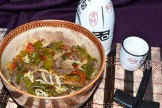 """Fideos yakisoba con ternera y verduras, receta paso a paso.  Cuando hablamos de cocina japonesa caliente hay platos que son estrella y que no podemos olvidar, en mi selección de """"platos destacados de la cocina japonesa caliente"""" (mis favoritos), están en uno de los primeros lugares estos ricos """"Fideos yakisoba de ternera y verduras"""""""