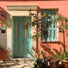 Neoclassical Architecture, Greek House, Unique Doors, Athens Greece, Summer Aesthetic, Greece Travel, Amazing Destinations, Wall Colors, Exterior Design